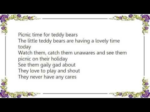 Henry Hall - The Teddy Bear's Picnic Lyrics - YouTube