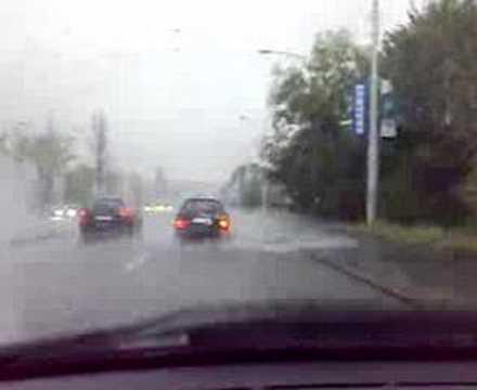 Přívalový déšť v Praze: 4  10. 8. 2007