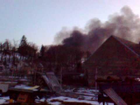 Požár laminátovny v Tosu Žebrák