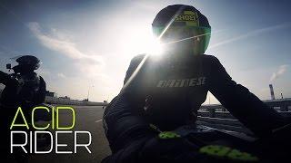 Feel it || Бешеные гонки на мотоциклах по шоссе || YZF-R1 14 182hp VS YZF-R1 05 196hp
