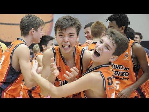 ¡Vibrante final entre Valencia Basket y Divina Seguros Joventut!
