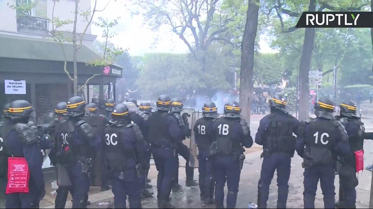 Столкновения во время первомайской демонстрации в Париже