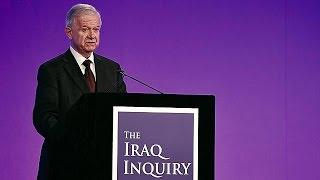 من هو السير جون تشيلكوت مسئول «تقرير غزو العراق»؟