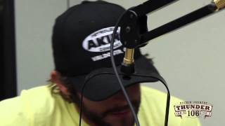 "Thomas Rhett performs ""It Goes Like This"" Live at Thunder 106"