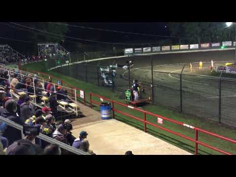 May4-19 outlaw heat race Port City Raceway