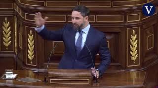 """Abascal arremete contra las mujeres de Unidas Podemos: """"Son los floreros del macho alfa"""""""