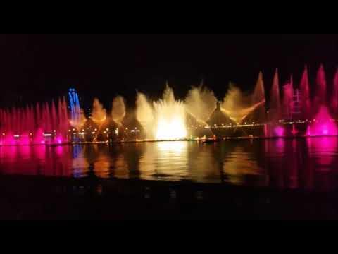 AL MAJAZ DANCING Fountain - Sharjah colorful Waterfront