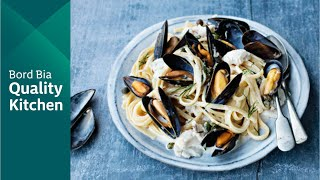 Linguine with Mussels and Hake