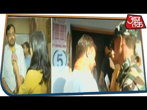 Bulandshahr में सांसद Bhola Singh पर रोक लगाने वाले डी एम Abhay Singh से आजतक की बातचीत