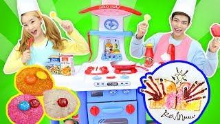 엘리 캐빈의 보글보글 캐리 쉐프놀이 장난감으로 초콜릿 주먹밥 만들기 l 캐리와장난감친구들