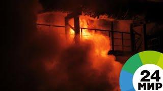 Смотреть видео Взрыв газового баллона на заводе в Петербурге: есть погибший и раненые - МИР 24 онлайн