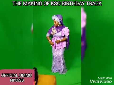 Download Popular Islamic singer, Ummu Niyass Celebrates Saidi Osupa with songs. A must watch