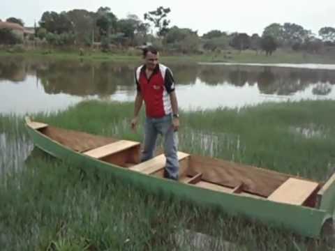 Como fazer barco de madeira timburi ou timboril feito em for Como criar peces ornamentales en casa