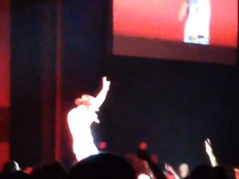 Tim McGraw LIVE Sundown Heaven Town- Two Lanes of Freedom