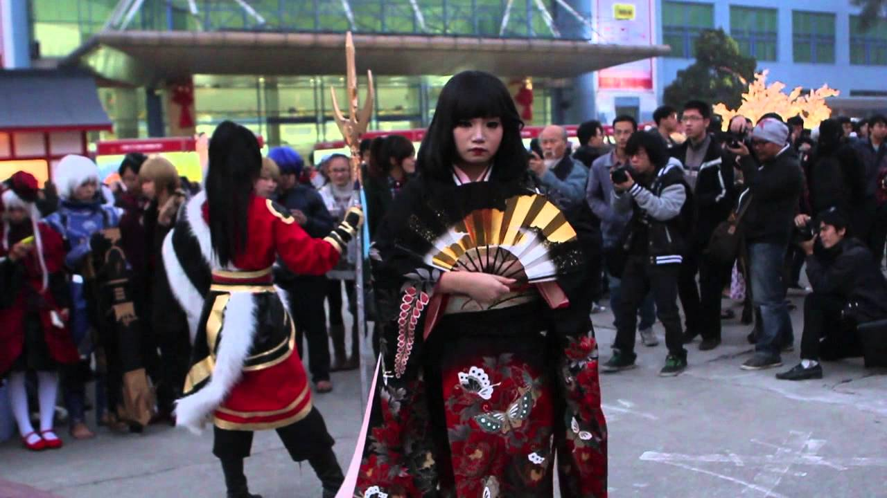 [VIETNAM] Ake Ome 2013 cosplay festival - YouTube