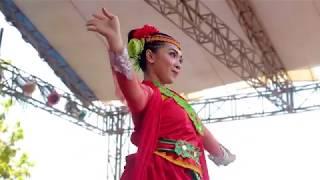 Tari Sparkling Suroboyo performance Sanggar tari 99