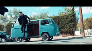 Giorgos Tsalikis & Knock Out - Gia mia kapsoura zw (Official Video Clip)