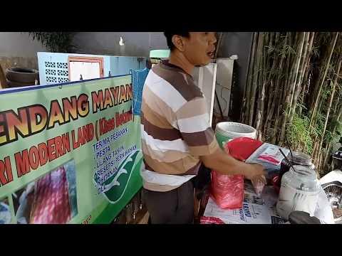 Indonesia Street Food - Rice Flour Ice - Selendang Mayang Babeh Sapri Modern Land - Tangerang