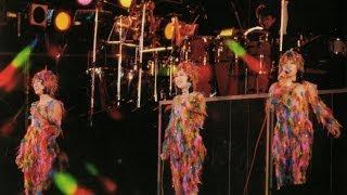 キャンディーズ・ファイナルカーニバル21曲目。ランちゃんメインVo.のこの曲は、ライブでは1番+2番後半のショートバージョンで度々歌われました。スタジオ録音版よりも、 ...