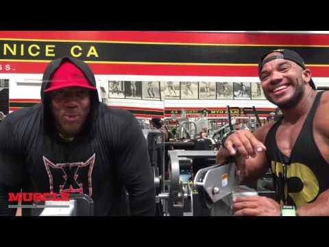 Shawn Rhoden and Sergio Oliva Jr train Arms in the Mecca