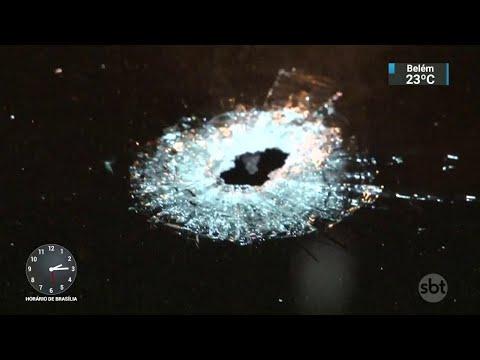 Homem é baleado no rosto em tentativa de assalto no RJ   SBT Notícias (23/08/18)