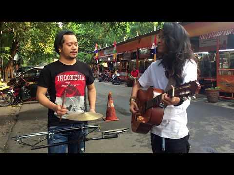 Pengamen Yang Di Sawer 500,000 Gara Gara Bawakin Lagu Daerah Ambon,Batak,Jawa,Sunda,padang Dll