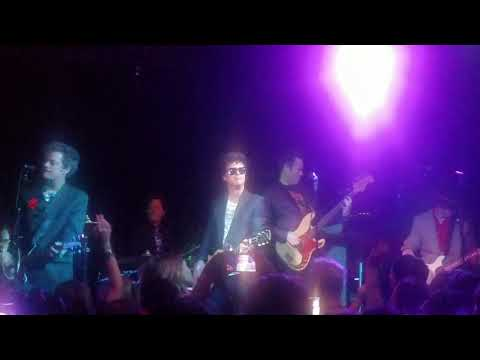 The Coverups (Green Day) Live 12-6-2019 (Should I Stay Or Should I Go) Tiki Bar Costa Mesa Ca