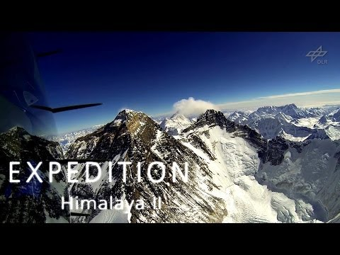Flight to Mount Everest / Mit dem Motorsegler am Mount Everest