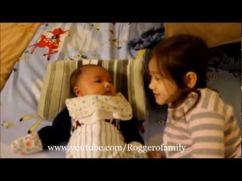 Camilla ThyThy: Khi bà tám nhí trò chuyện với newborn Nathan