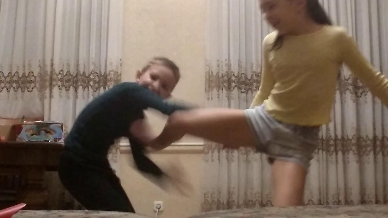Видео брат и сестра трахатся