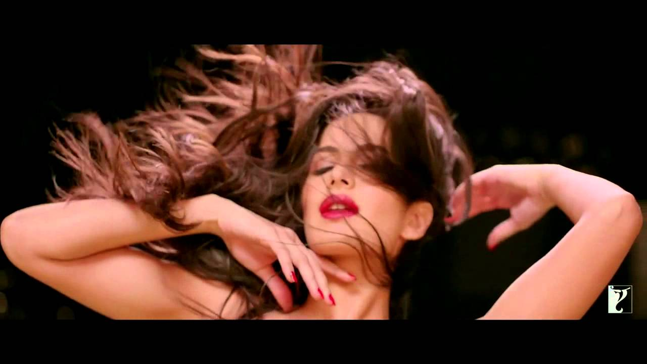 Dhoom 3 Title Track - Sexy Katrina Kaif - Youtube-9447