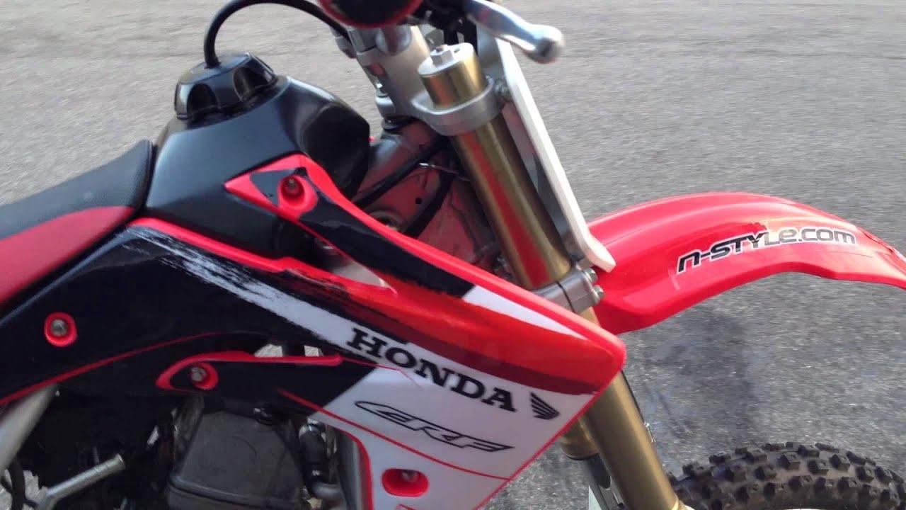 2008 Honda crf150r Start up and rev - YouTube