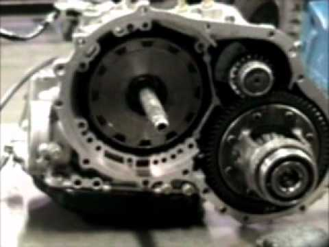 despiece y ensamble de una transmisión Mitsubishi parte1