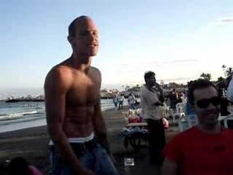 Crazy American Guy at Veracruz beach (Mexico)