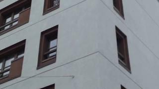 20 лет назад фасад этого дома в Москве мы утеплили пенопластом(http://www.n-dom.ru/ http://ceresit.msk.ru/ Фасад этого дома мы утеплили фасадным пенополистиролом ПСБ-С 25Ф 100 мм. Использовали..., 2017-01-03T16:24:12.000Z)