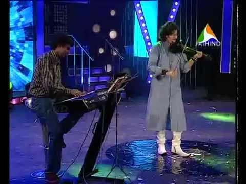 Sabareesh Prabhaker performing for junior idol