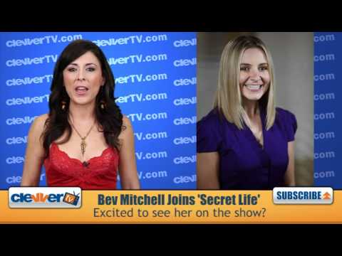 'Secret Life' Stars Weigh In On Working With Beverley Mitchell