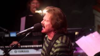 Tom Johnston Performs China Grove at Narada Michael Walden Foundation