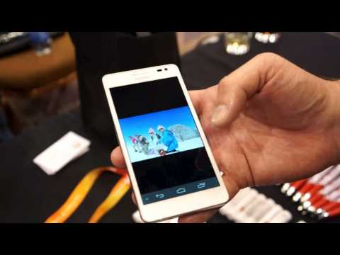 Huawei Ascend D2 Hands-on Review - MobileSyrup.com