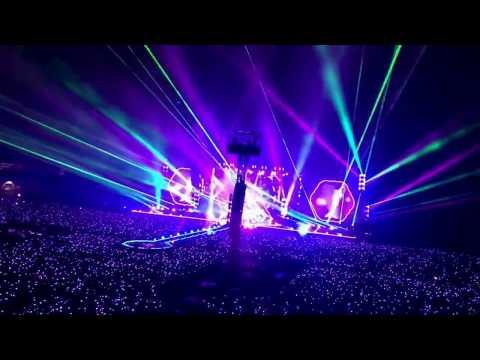 A sky full of stars - Coldplay live in Bangkok (7/04/17)