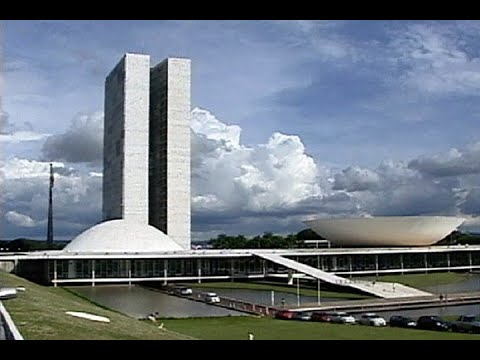 Reforma política avança na Câmara dos Deputados e divide opiniões de senadores