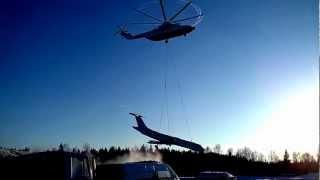 Транспортировка ТУ-134 вертолётом  МИ-26(Снято на cмартфон Huawei Ascend D1., 2013-03-22T23:13:19.000Z)
