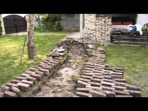 Around The House Cleaning Project   Bricks & Concrete Part II
