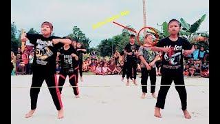Bikin Gemes! Senam Turun Naik Siswa SMP Acara 17 Agustusan Gokil