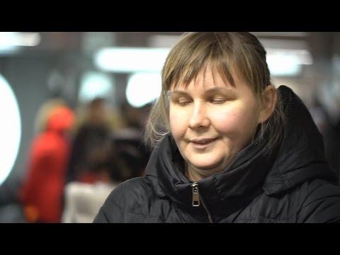 Слепая певица Юлия Дьякова выступает на улице и получает третье образование новости