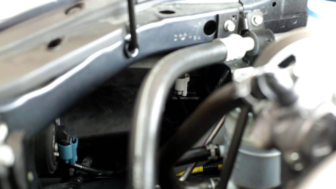 2003 2007 Honda Accord Headlight Bulb Remove And Install