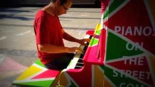 Piano's on the street_North Vancouver_Pablo Arellano