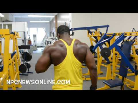 George Brown: IFBB Men's Physique Pro  Back Workout