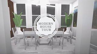 Modern House Tour-House by Ethrielle | Bloxburg | Roblox