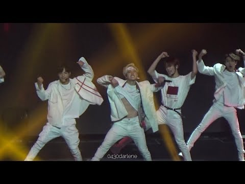 190427 Stray Kids Unveil Tour Manila Entrance + VICTORY SONG